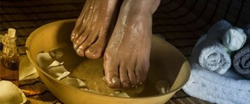 apple-vinegar-foot-bath